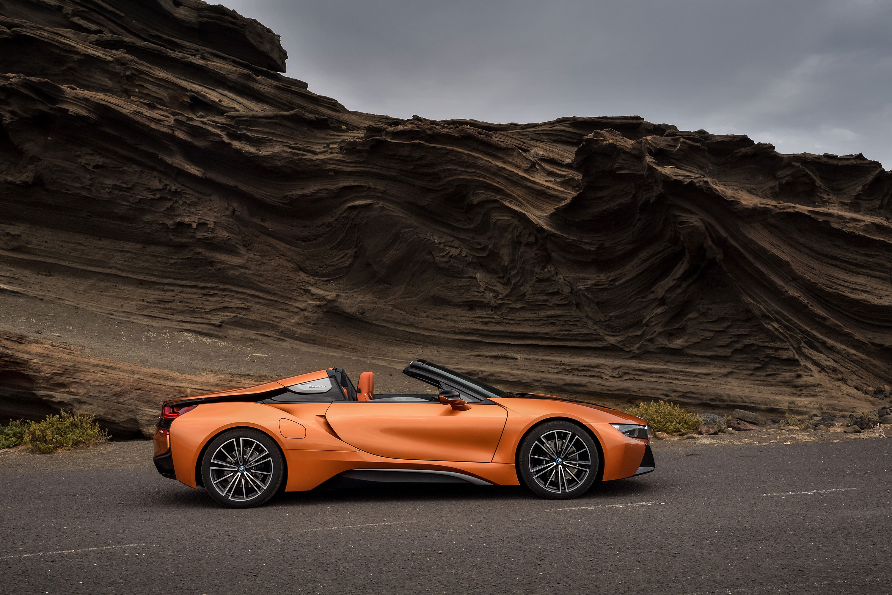 BMW i8 Roadster 2019 - Lateral