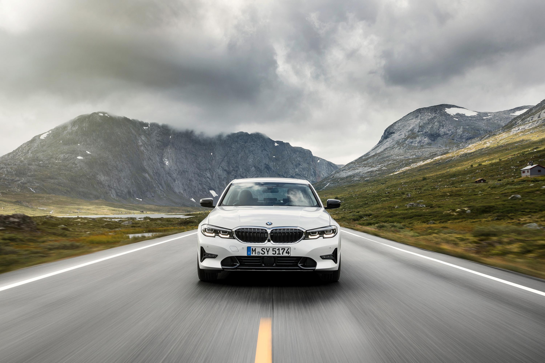 BMW Série 3 2019_Frente_07