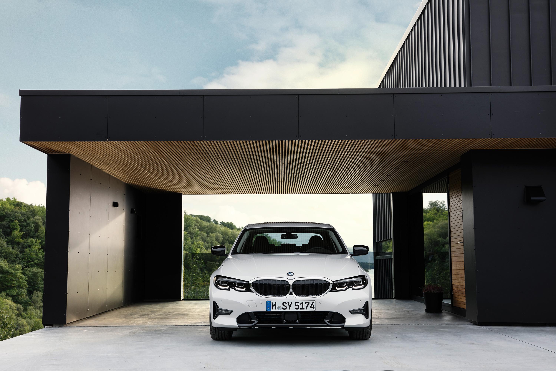 CARWIDE_BMW Série 3 2019_Frente 04