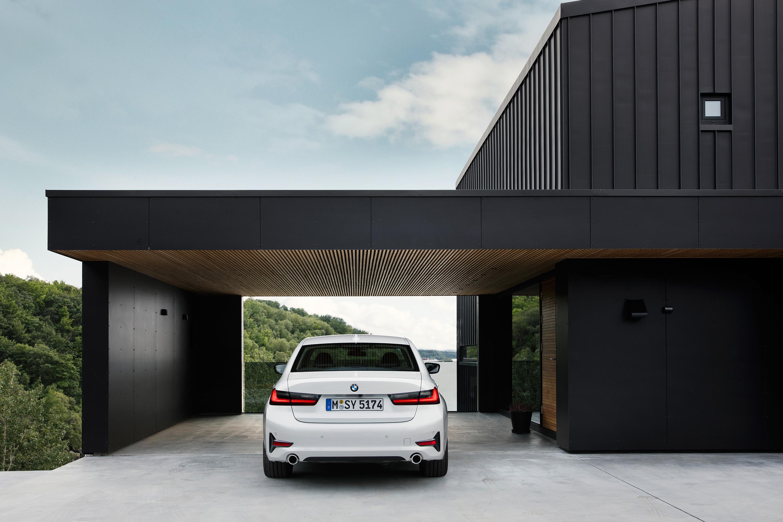 CARWIDE_BMW Série 3 2019_Traseira 03