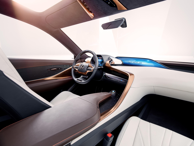 Lexus-LF-1_Interior_01