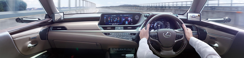Lexus ES Interior 02