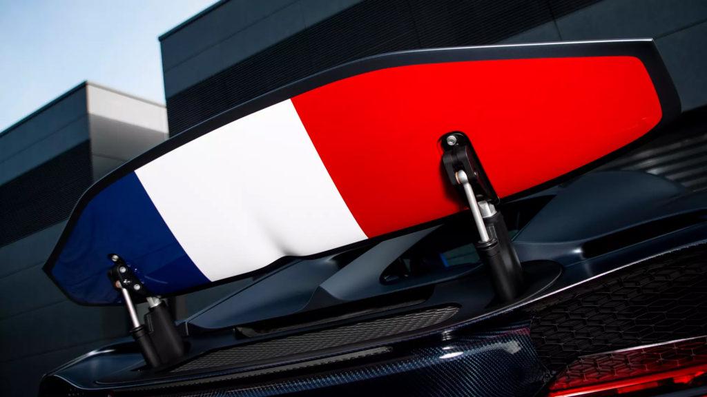2019_Bugatti_chiron_sport_110_anos1