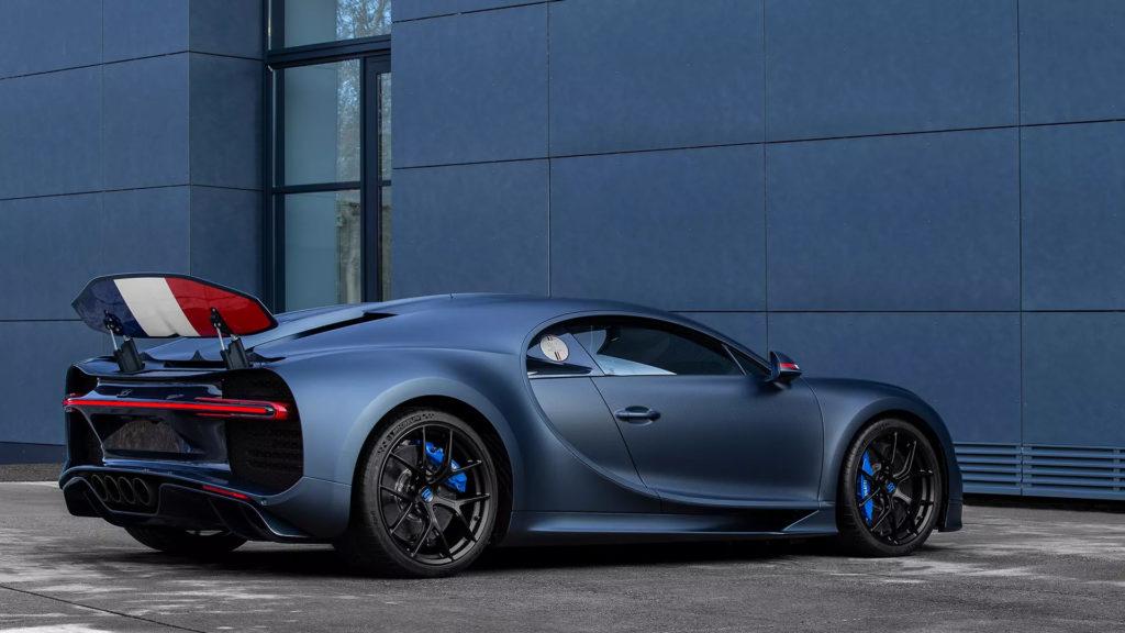 2019_Bugatti_chiron_sport_110_anos5
