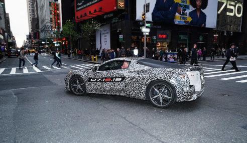 Chevrolet Corvette C8 será apresentado dia 18 de julho.