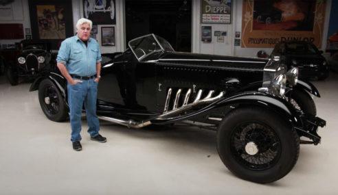 Jay Leno coloca motor Merlin V12 27 litros em seu Rolls Royce.