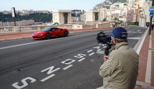 """Ferrari SF90 Stradale estrela novo """"C'etait un Rendezvous"""""""